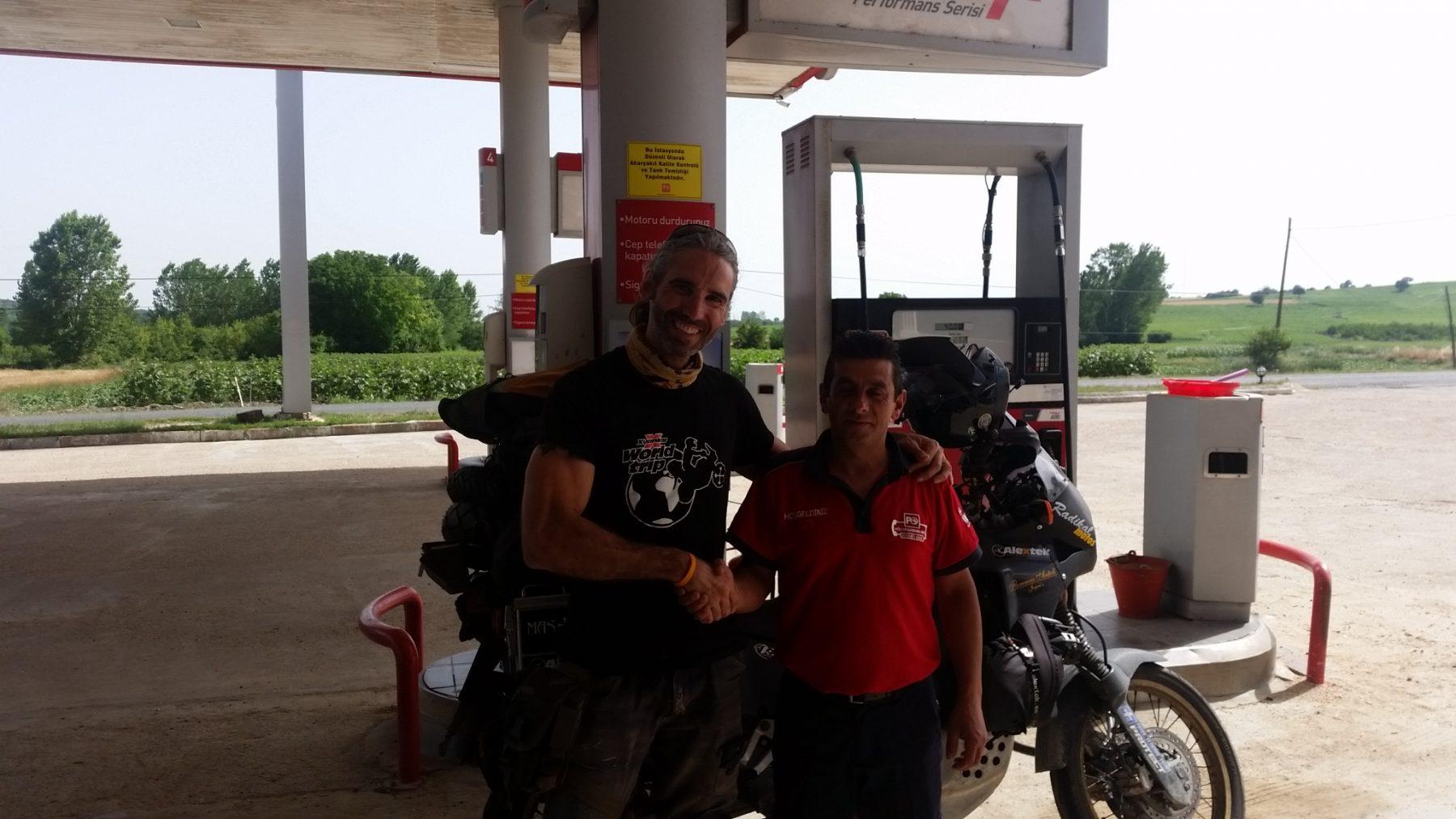Gasolinera Turca (1)