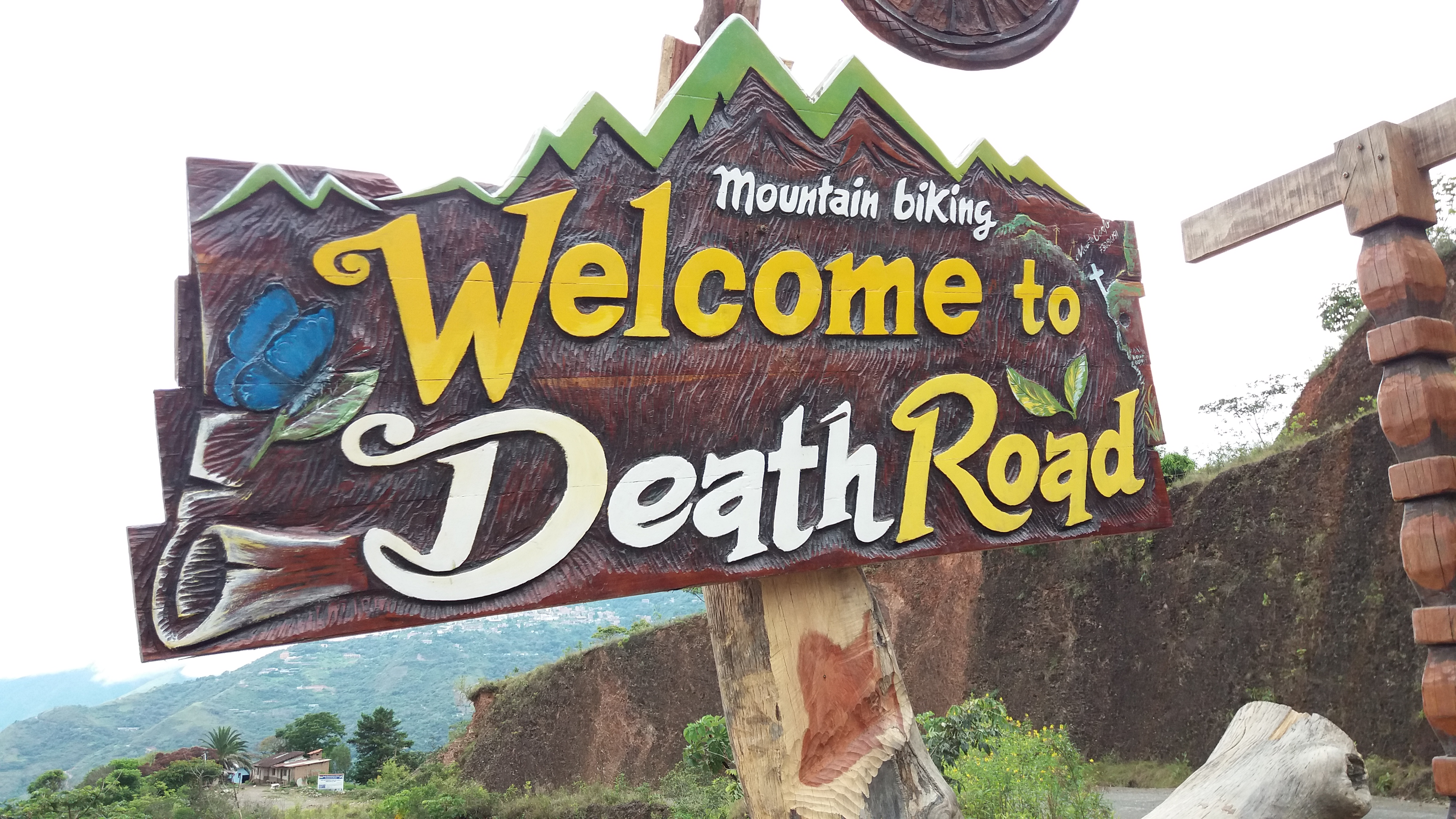 Carretera De La Muerte – La Paz – BOLIVIA (22 Nov 2017)